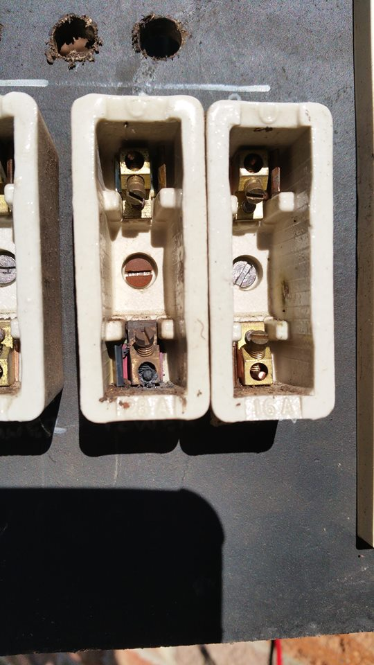 13178045_1744730025739486_7710949118116080677_n New Electrical Fuse Box on power outlet, bypass old, panel old, old main, circuit breaker vs, vintage square, how take out,